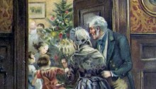 Två äldre personer tittar på barn vid julgranen