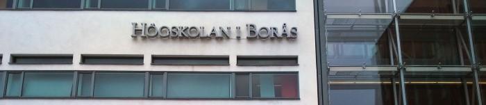 Högskolan i Borås-skylt