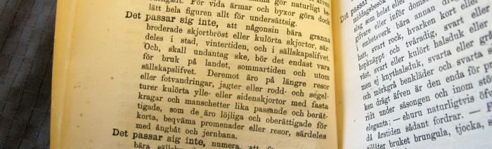 text om bruket av kulörta skjortor